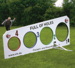 Fußball-Torwand ''Full of Holes''